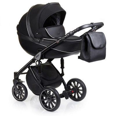 коляска черного цвета